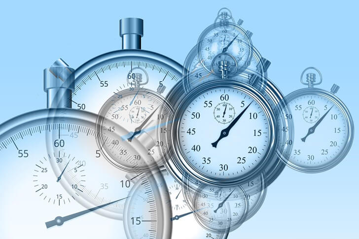 副業の時間がないときの解決策:エッセンシャル思考